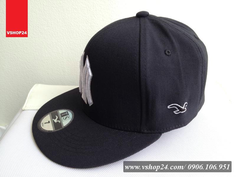 *Mũ Snapback NY trơn đen 013