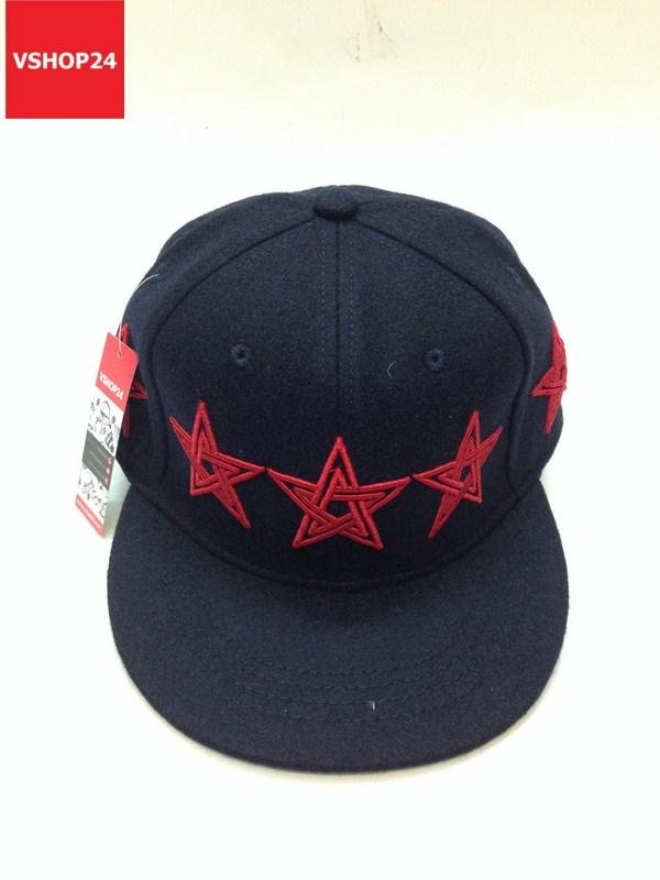 *Mũ snapback dạ xanh navy họa tiết sao đỏ 356