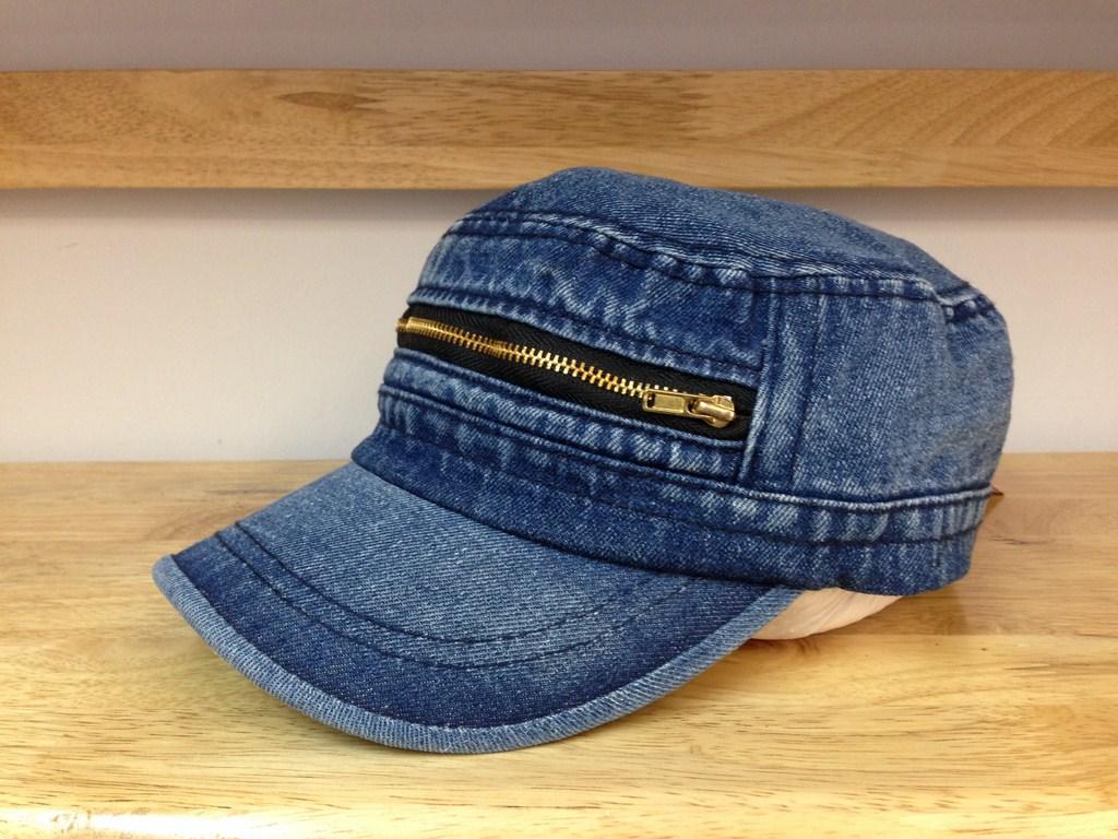 *Mũ jeans đầu vuông dây kéo xanh sẫm 107