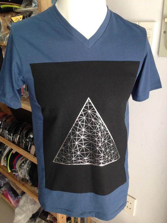 *Áo thun nam cao cấp Thái Lan họa tiết in tam giác 077